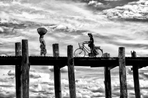 PIPA Merit Award - Teck Boon Lim (Singapore)<br />Ubein Bridge-Lady And Cycle In Opposite Direction