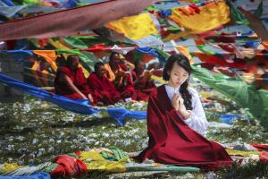 PhotoVivo Silver Medal - Zuchun Song (China) <br /> Pray