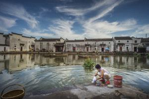 PIPA Merit Award - Binyuan Li (China) <br /> Living Along The River