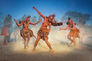 PhotoVivo Honor Mention - Arnaldo Paulo Che (Hong Kong) <br /> Himba Dance
