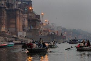 IUP Honor Mention - Joao Taborda (Portugal) <br /> Dawn In Varanasi