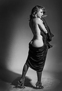 PIPA Merit Award - Dave Whitson (USA) <br /> Draped Kallista In Heels Bw