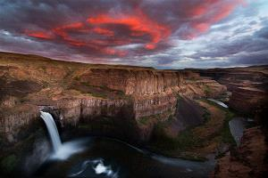 ICPE Honor Mention e-certificate - Philip Chan (Canada) <br /> Palouse Falls Sunset
