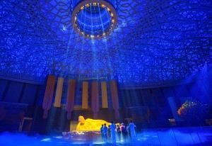 PhotoVivo Gold Medal - Chin-Fa Tzeng (Taiwan)  The Buddha Light Shines Nanjing China